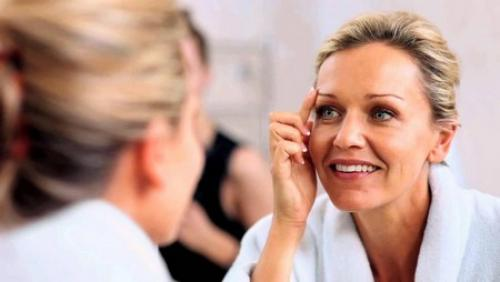 Крем от морщин вокруг глаз в домашних условиях. Лучшие домашние рецепты масок вокруг глаз