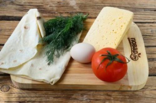 Конвертики из сыра и лаваша. Конвертики из лаваша с сыром и помидорами