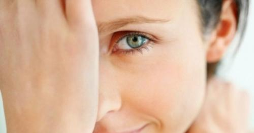 Как убрать гусиные лапки возле глаз. Как убрать гусиные лапки вокруг глаз